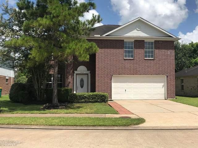 3003 Centennial Village Drive, Pearland, TX 77584 (MLS #47980961) :: The Heyl Group at Keller Williams