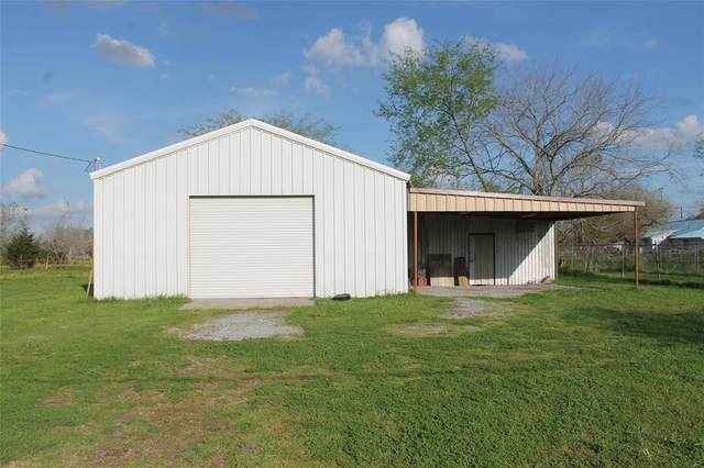 3701 King Road, North Zulch, TX 77872 (MLS #48079602) :: The SOLD by George Team