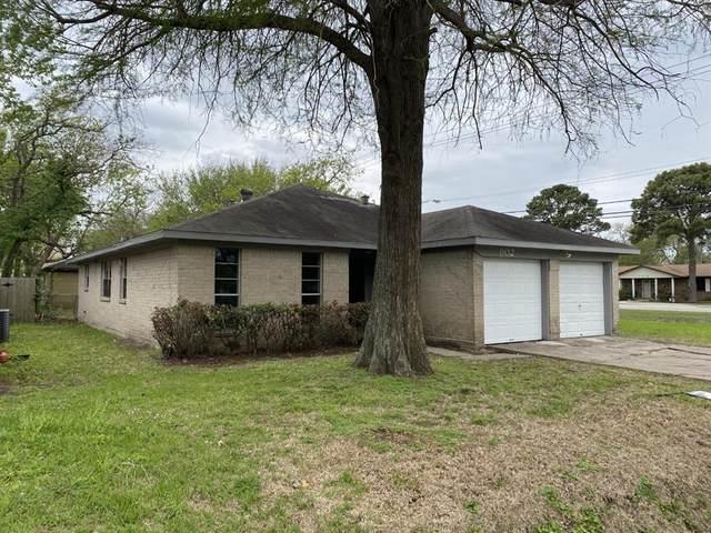 902 Seabreeze Street, La Porte, TX 77571 (MLS #48179306) :: Ellison Real Estate Team