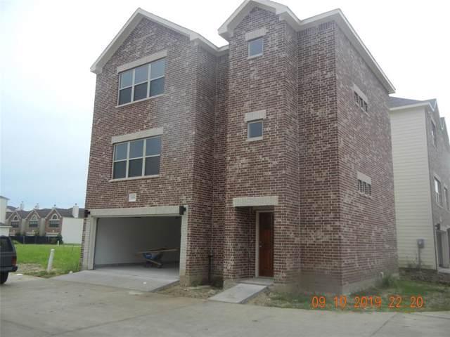 11603 Main Ash Drive, Houston, TX 77025 (MLS #48199446) :: The Queen Team
