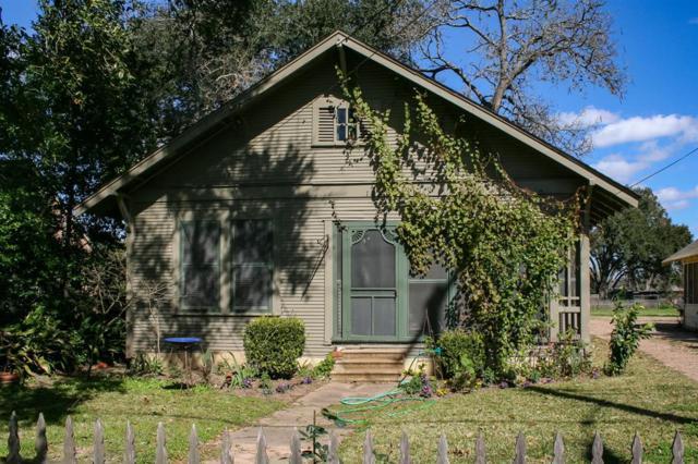 125 E Caney Street, Wharton, TX 77488 (MLS #48228683) :: Magnolia Realty