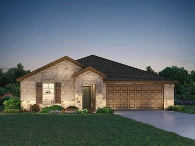 2303 E Winding Pines Drive, Tomball, TX 77375 (MLS #48308030) :: The Bly Team