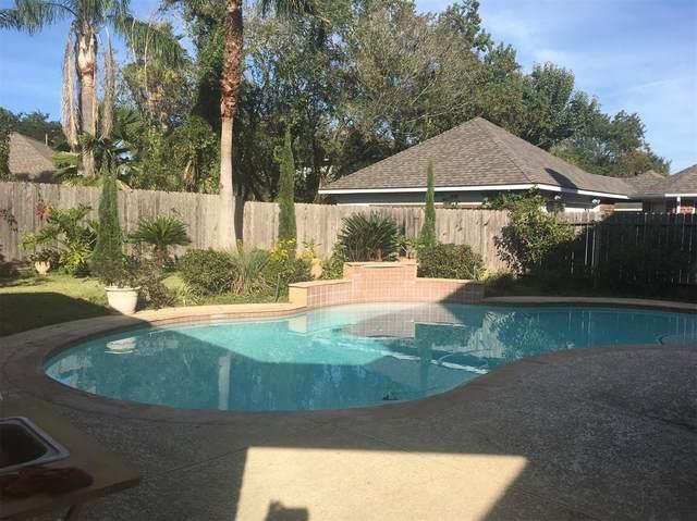 13030 Mossy Ridge Cove, Houston, TX 77041 (MLS #48382384) :: The Bly Team