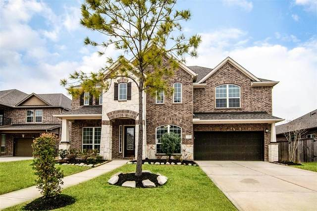 2108 Dovetail Falls Lane, Pearland, TX 77089 (MLS #48507751) :: Ellison Real Estate Team