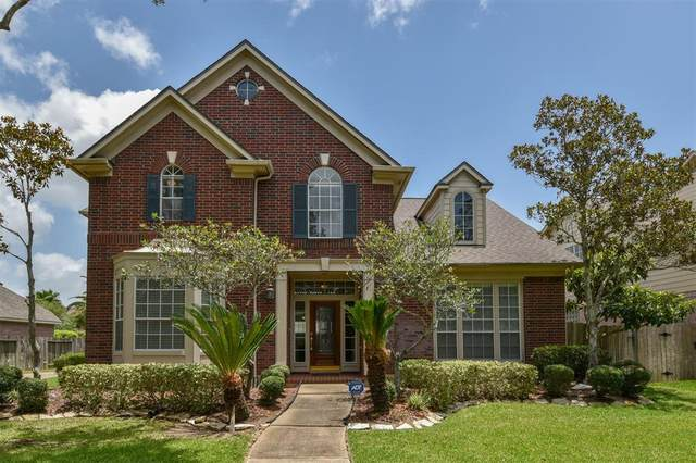 1927 Crisfield Drive, Sugar Land, TX 77479 (MLS #48508133) :: The SOLD by George Team