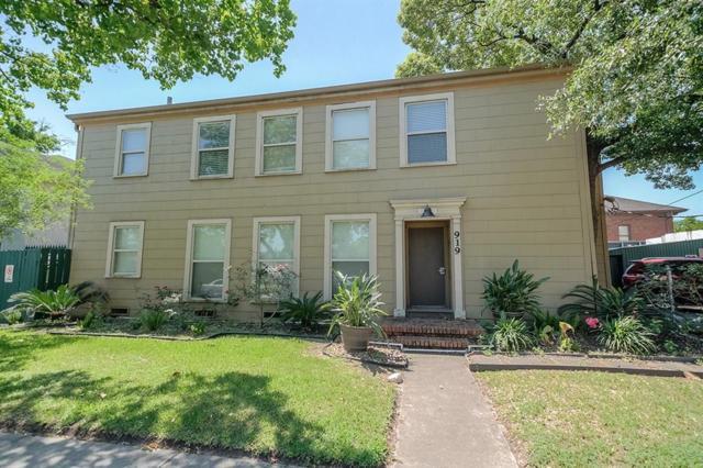 919 Marshall Street #4, Houston, TX 77006 (MLS #48612914) :: Green Residential