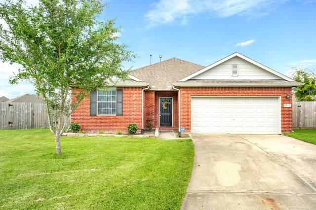 5131 Creekside Avenue, Baytown, TX 77523 (MLS #4864536) :: The Sansone Group