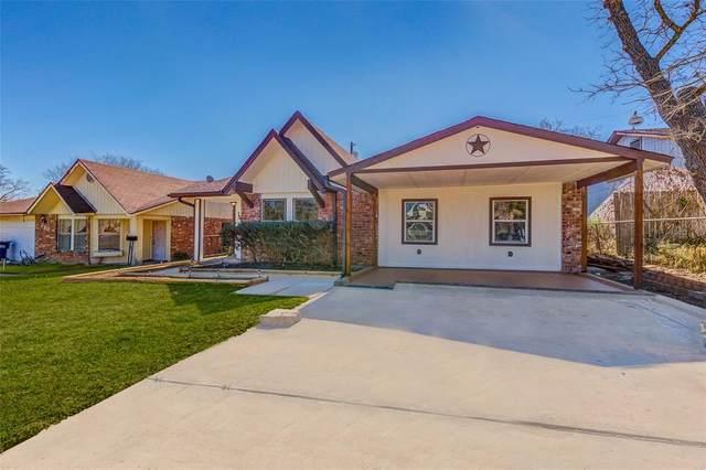 262 Oakbend Lane, Giddings, TX 78942 (MLS #48675386) :: The SOLD by George Team