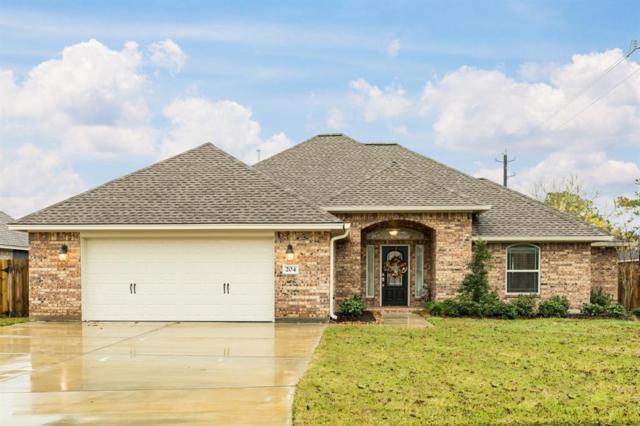 204 Oyster Bend Lane, Lake Jackson, TX 77566 (MLS #48721592) :: Texas Home Shop Realty