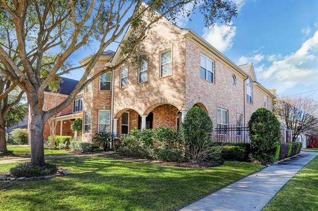 4400 Cynthia Street, Bellaire, TX 77401 (MLS #48818625) :: Christy Buck Team