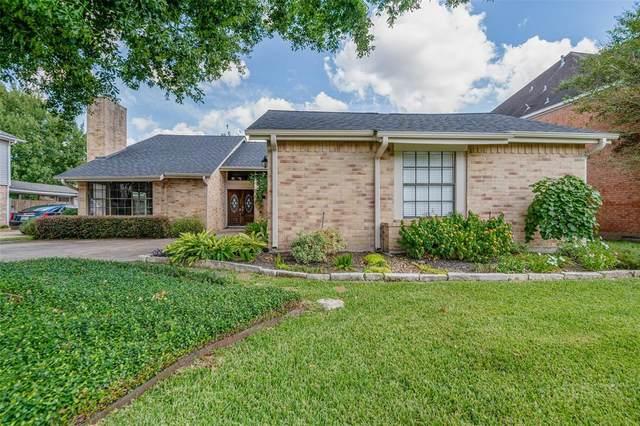 3327 Ashfield Drive, Houston, TX 77082 (MLS #48824277) :: Christy Buck Team