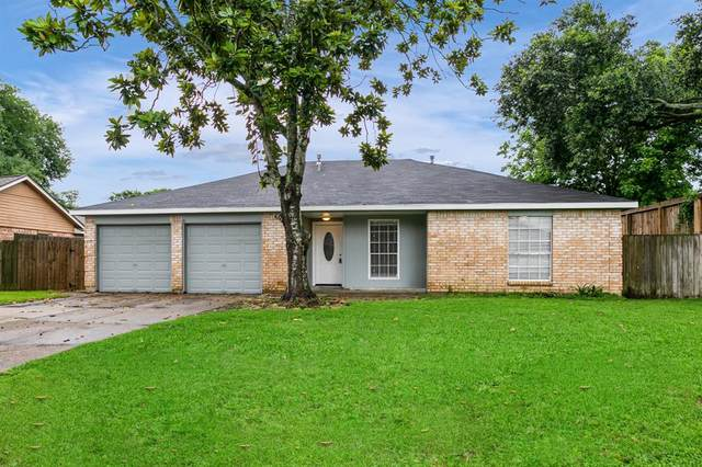 2004 Victoria Court, League City, TX 77573 (MLS #48833031) :: The SOLD by George Team