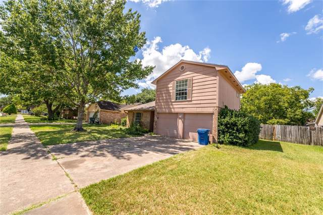15826 Amapola Drive, Houston, TX 77083 (MLS #48886222) :: The Jill Smith Team