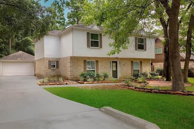 10 Summer Morning Court, The Woodlands, TX 77381 (MLS #48930106) :: Rachel Lee Realtor
