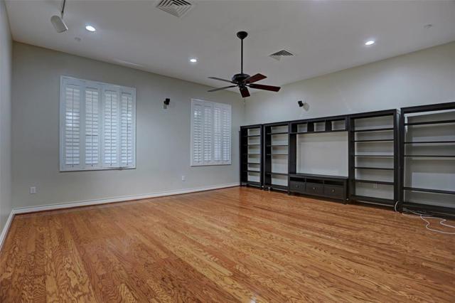 914 Main Street #912, Houston, TX 77002 (MLS #48999110) :: Giorgi Real Estate Group