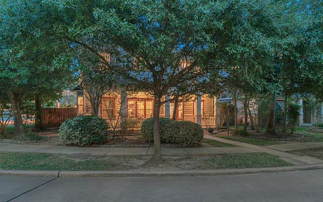 135 Hansom Trail Street, The Woodlands, TX 77382 (#49086527) :: ORO Realty