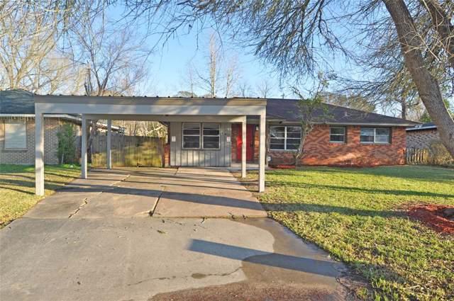 318 Greenwood Drive, Hitchcock, TX 77563 (MLS #49215190) :: Texas Home Shop Realty