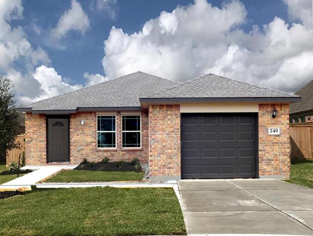 509 E Fayle Avenue, Baytown, TX 77520 (MLS #49288347) :: Texas Home Shop Realty