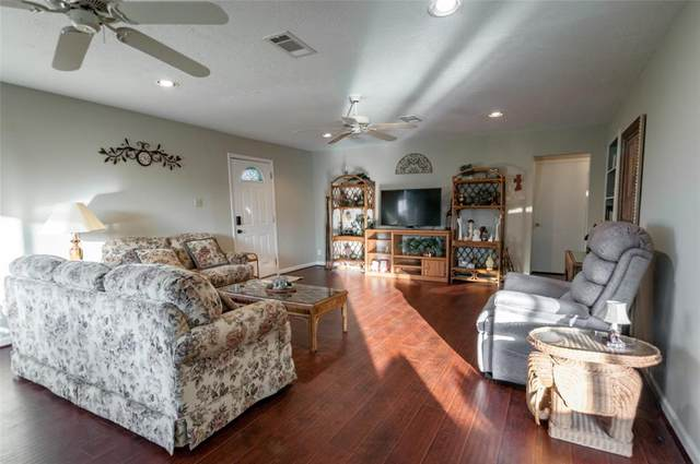 70 Clearview Drive, Coldspring, TX 77331 (MLS #49453011) :: Michele Harmon Team