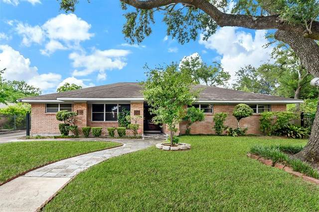 4318 Woodvalley Drive, Houston, TX 77096 (MLS #49555177) :: The Freund Group