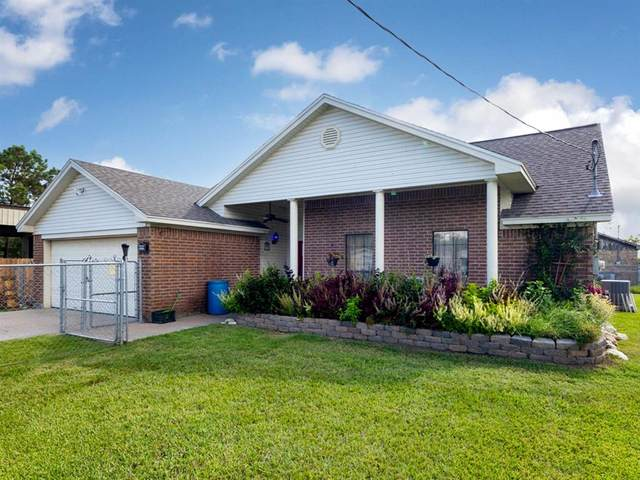 4310 17th Street, Bacliff, TX 77518 (MLS #49617605) :: The Home Branch
