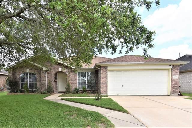 2935 Community Drive, Alvin, TX 77511 (#49643395) :: ORO Realty