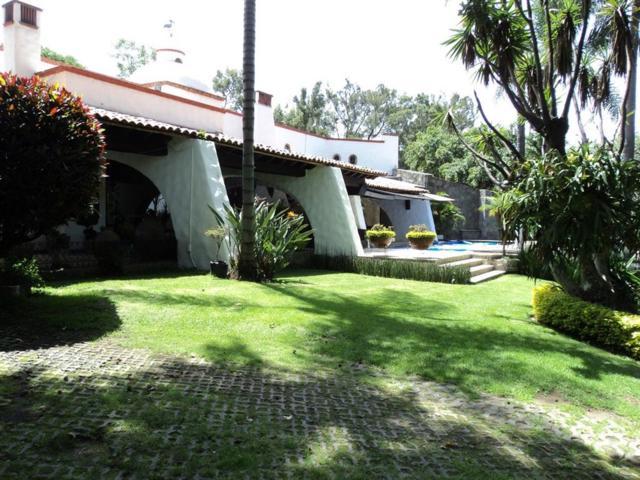 125 Francisco Villa, Cuernavaca, TX 62130 (MLS #49668561) :: King Realty