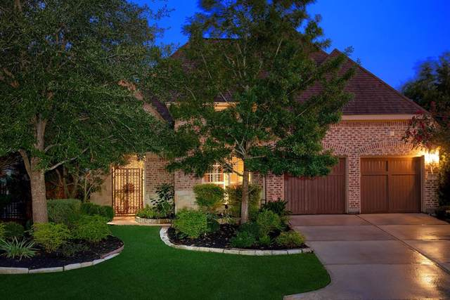 7 Wood Manor Place, The Woodlands, TX 77381 (MLS #4981385) :: CORE Realty