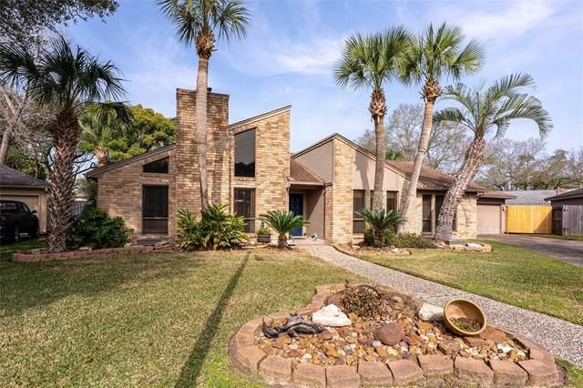 523 Lorie Lane, Seabrook, TX 77586 (MLS #49878145) :: Ellison Real Estate Team
