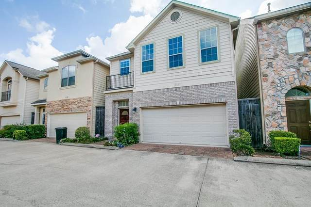 9141 Lago Crest Drive, Houston, TX 77054 (MLS #49880564) :: Connell Team with Better Homes and Gardens, Gary Greene