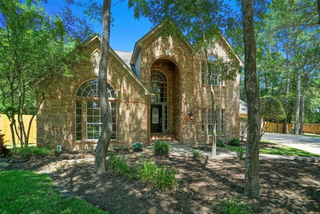 2 E Rock Wing Place, The Woodlands, TX 77381 (MLS #49882399) :: Team Parodi at Realty Associates