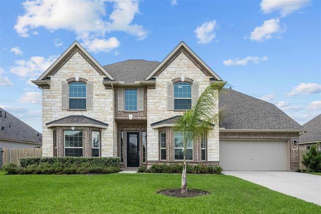 11731 Oakwood Drive, Mont Belvieu, TX 77535 (MLS #49892073) :: The Property Guys