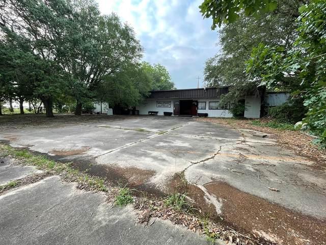 1103 Us Highway 59 N, Edna, TX 77957 (MLS #49896391) :: The SOLD by George Team