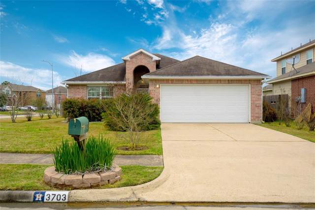 3703 Hunters Trail, Baytown, TX 77521 (MLS #49934724) :: The SOLD by George Team