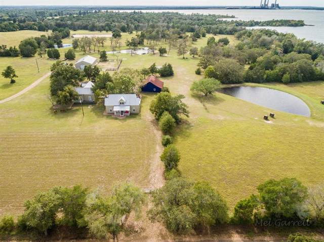 609 Lakeview Road, Fayetteville, TX 78940 (MLS #49945953) :: The SOLD by George Team