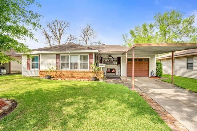 318 Linda Street, Deer Park, TX 77536 (MLS #49969551) :: Bay Area Elite Properties