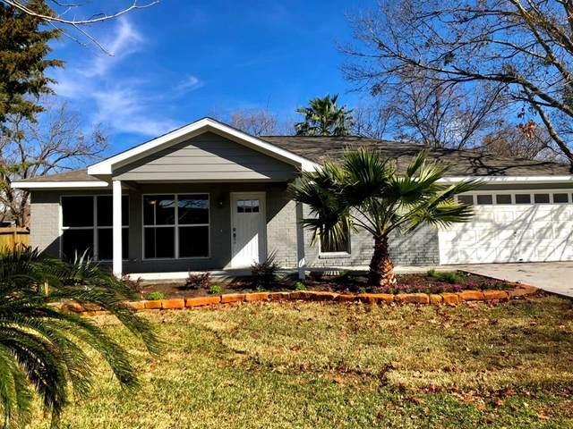 13216 Bluff View, Willis, TX 77318 (MLS #4999637) :: The Parodi Team at Realty Associates