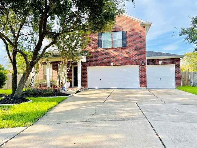 2701 Hidden Bay Court, Pearland, TX 77584 (MLS #50034908) :: The Wendy Sherman Team