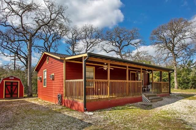 200 Spring Oak Lane, Somerville, TX 77879 (MLS #50127116) :: The Jill Smith Team