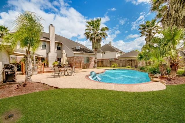 14104 Imperial Wood Lane, Rosharon, TX 77583 (MLS #50200194) :: Texas Home Shop Realty