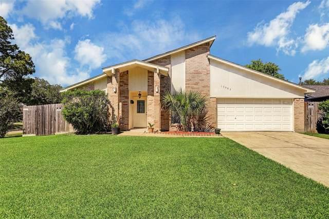 15903 Eastcape Drive, Houston, TX 77598 (MLS #50211145) :: Ellison Real Estate Team