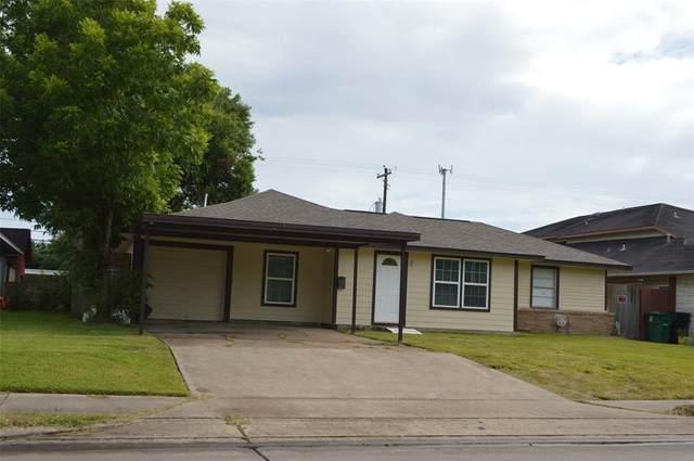 739 Edgebrook Drive, Houston, TX 77034 (MLS #50306382) :: Christy Buck Team