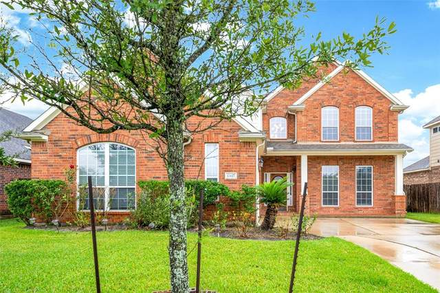 17427 Stamford Oaks Drive, Tomball, TX 77377 (MLS #50347632) :: Lerner Realty Solutions