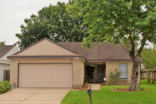 2223 Trail West Street, Sugar Land, TX 77478 (MLS #5046547) :: The SOLD by George Team