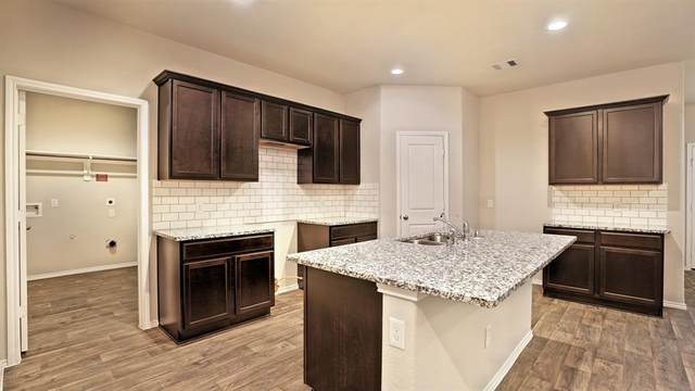 8503 Clear Mist Court, Rosharon, TX 77583 (MLS #50478159) :: Lerner Realty Solutions