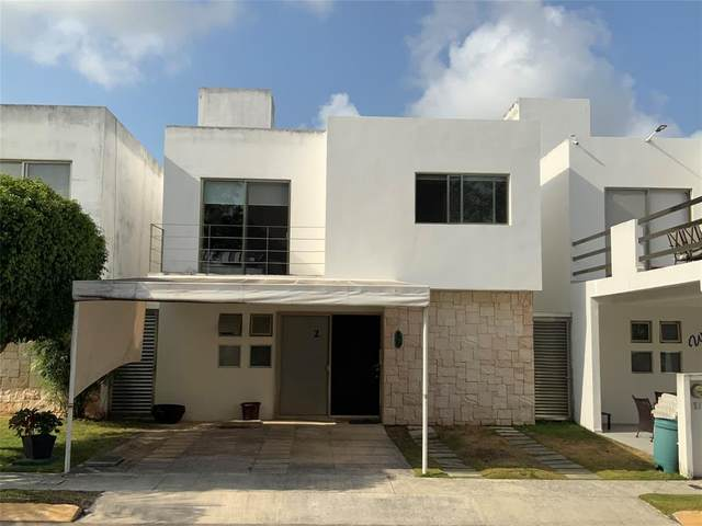 2 Esmeralda, Jade Residencial, Cancun, TX 77537 (MLS #50738950) :: The Bly Team