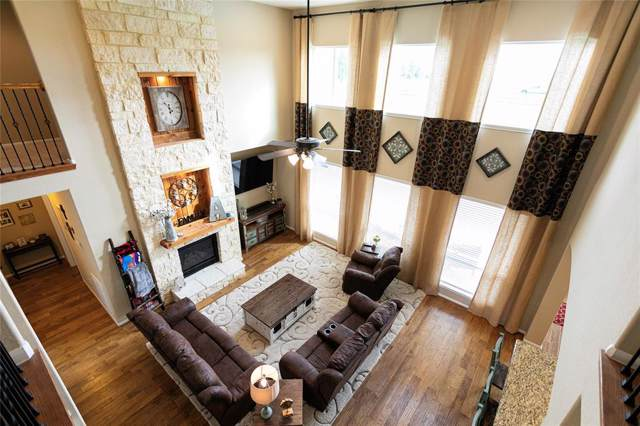 7802 Tejas Lakes Trail, Needville, TX 77461 (MLS #50898504) :: The Heyl Group at Keller Williams