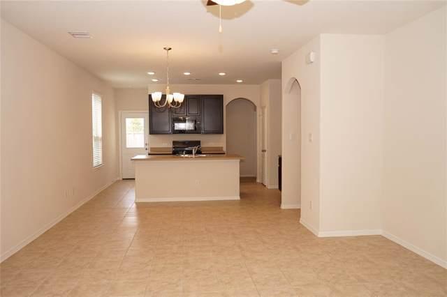 13242 Sandy Mound Lane, Houston, TX 77044 (MLS #50906479) :: Green Residential