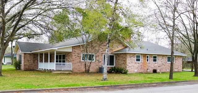 801 Fulton Street, Edna, TX 77957 (MLS #51121130) :: The Jill Smith Team