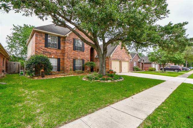 1019 Wentworth Drive, Pearland, TX 77584 (#51139848) :: ORO Realty